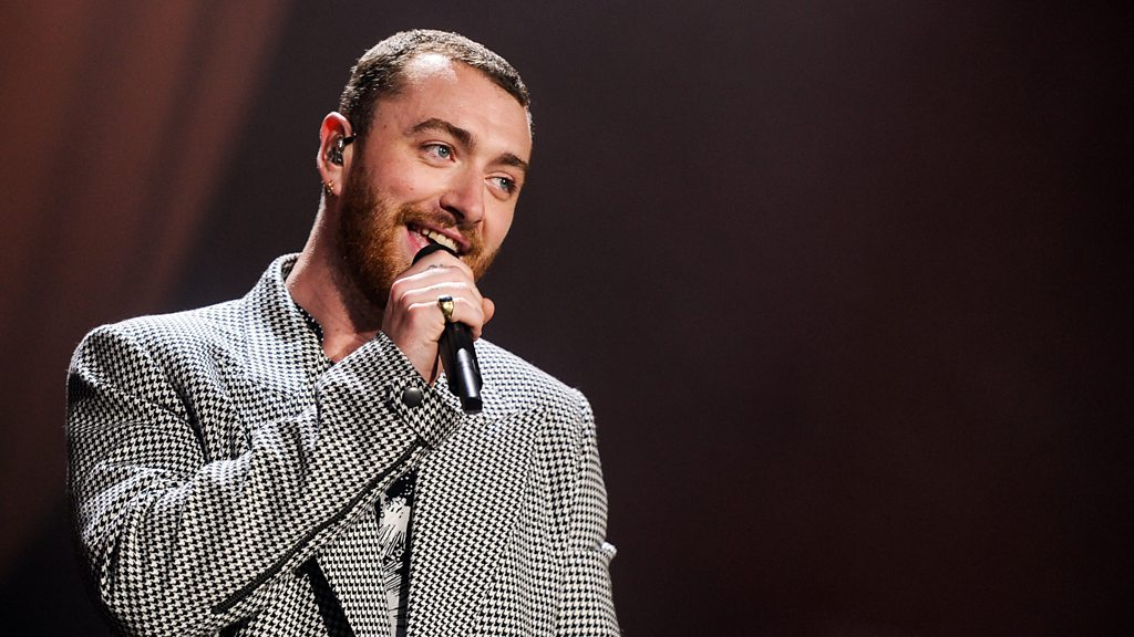 BBC News - Sam Smith plays Too Good at Goodbyes at The Biggest Weekend