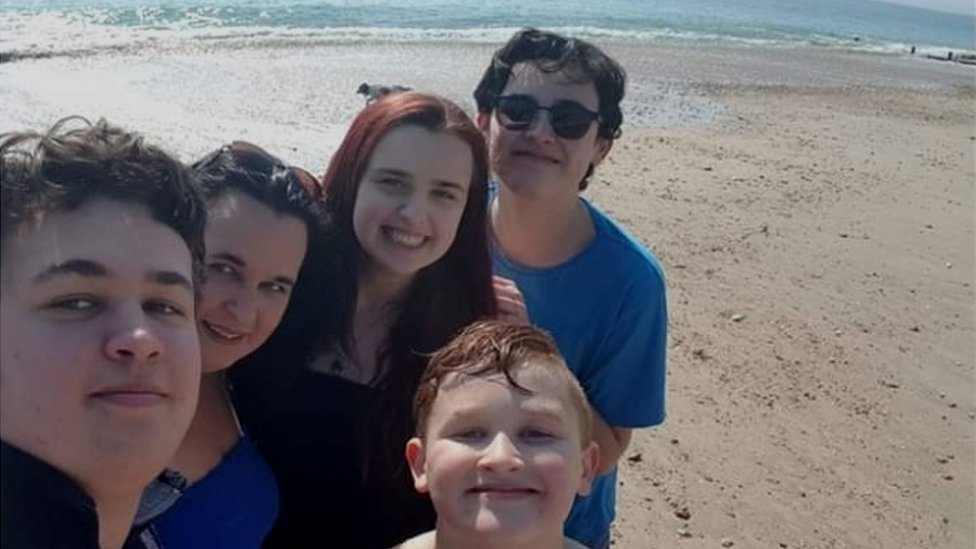 Single mum shares secrets of survival to encourage others