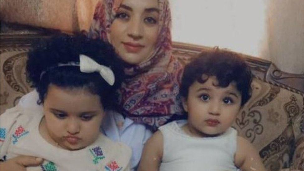 Rehana with her daughters