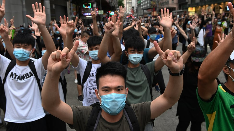 有外媒記者表示,香港《國安法》通過後,更難尋找受訪者採訪。