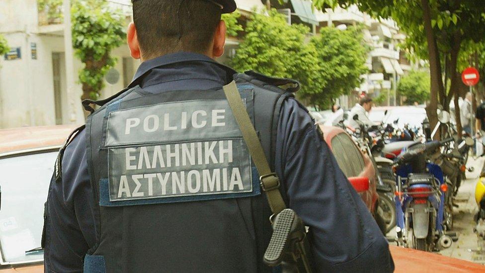 Athens policeman, 2006 file pic