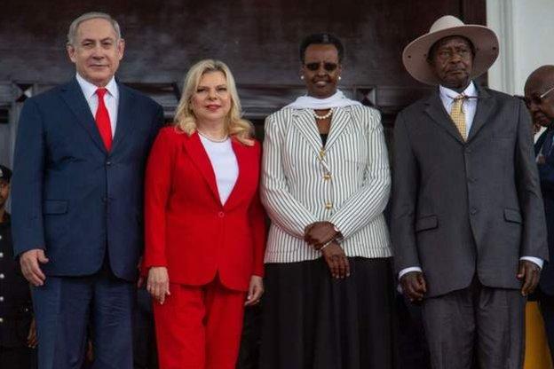 رئيس الوزراء الإسرائيلي السابق بنيامين نتنياهو في زيارة لأوغندا كجزء من مهمة لتعزيز العلاقات مع أفريقيا