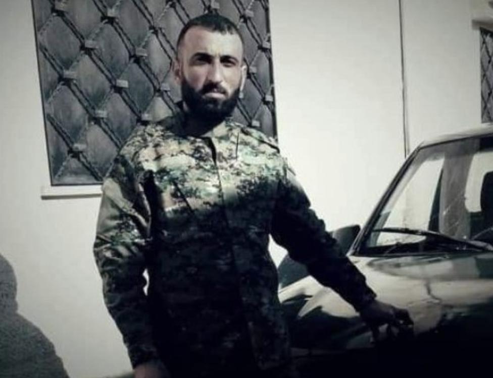 كنان فرزات، قُتل في ناغورنو كاراباخ، وكان رائداً في الجيش الوطني السوري.