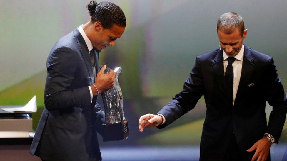 فان دايك فاز بلقب أفضل لاعب في أوروبا