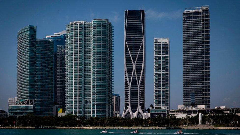Edificios modernos en Miami