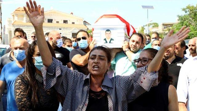 Взрыв в Бейруте: ливанцы негодуют и обвиняют правительство в халатности