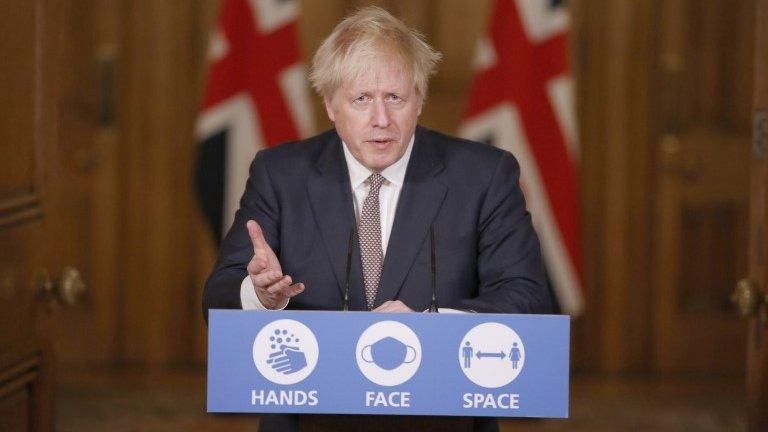 Reino Unido anuncia novas restrições após fim do lockdown para tentar conter segunda onda de covid-19