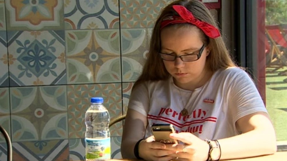 Mental health: Wait for therapy added to teen's anxiety