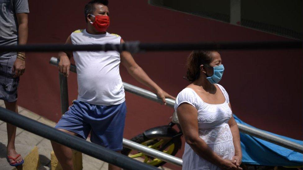 Bertha y su familia en Guayaquil.