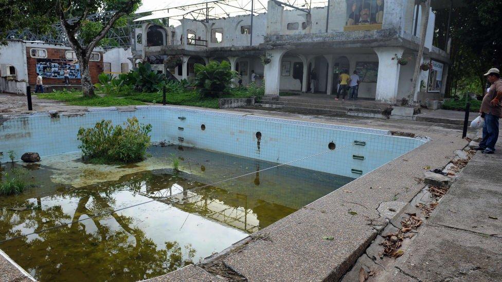 Pablo Escobar, Kolombia, narkoba, taman hiburan, Hacienda Napoles