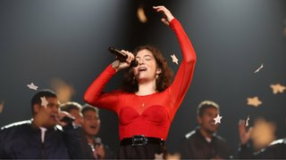 BBC - Newsbeat - Lorde may cancel Israel gig after letter from fans