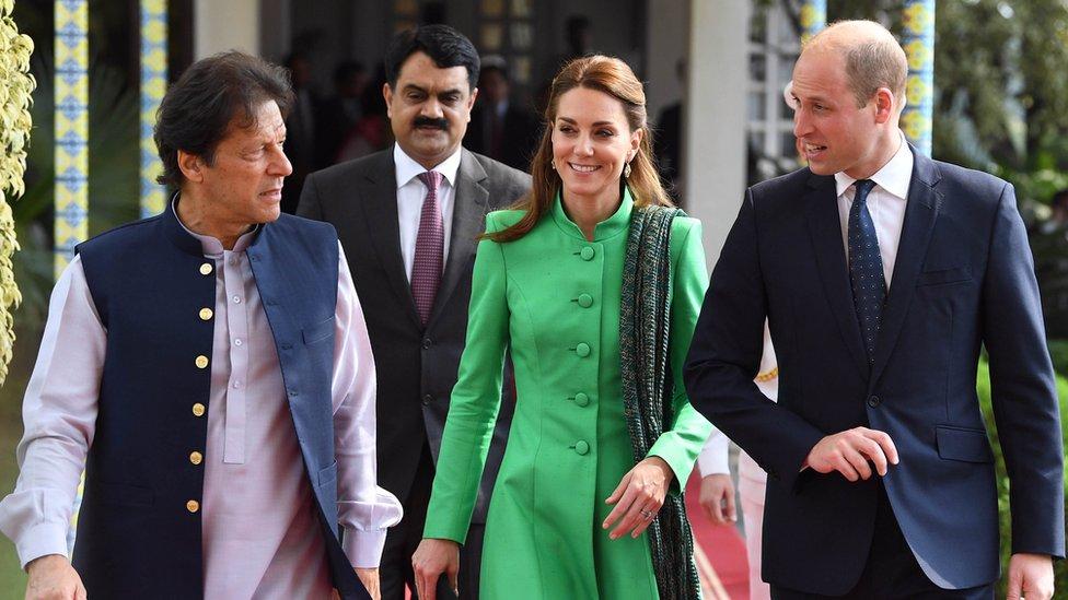 Imran Khan with the royal couple