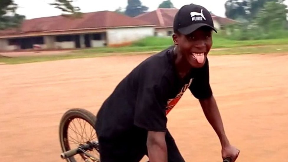 BMX fan in Nigeria overjoyed by bike sent in post
