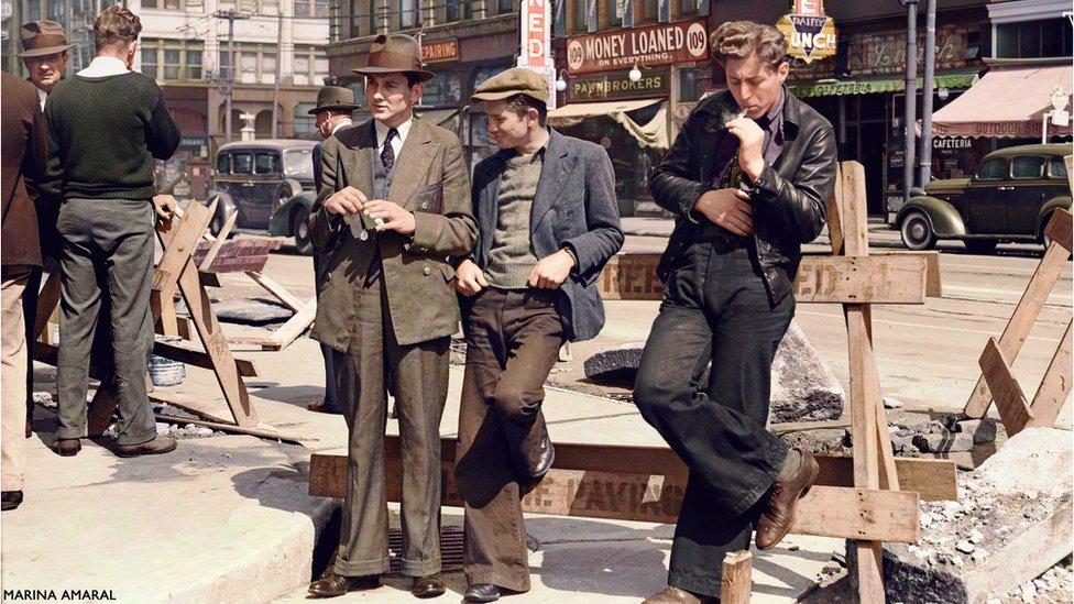 Desempregados se reúnem nas ruas de São Francisco, nos EUA