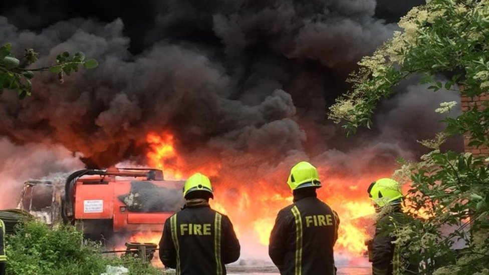 Kilnhurst recycling fire 'could have been caused by sun'
