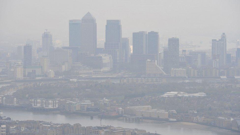 Air pollution haze