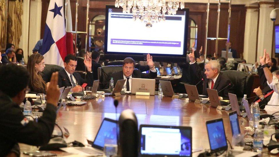 Juan Carlos Varela y el Consejo de Gabinete de Panamá