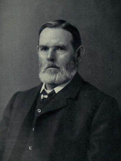 An t-Àrd-Oll. Dòmhnall MacFhionnghain