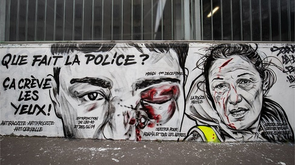 Graffiti criticising the police in France
