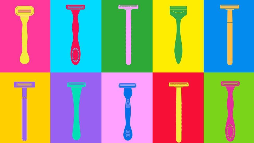 Dibujo con máquinas de afeitar