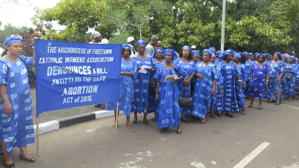 Anti-abortion campaigners march to parliament in Sierra Leone - January 2016