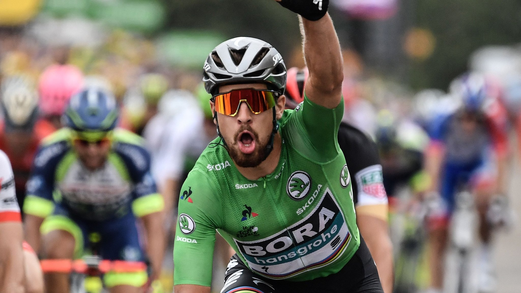 Sagan wins third stage of 2018 Tour as Thomas stays in yellow