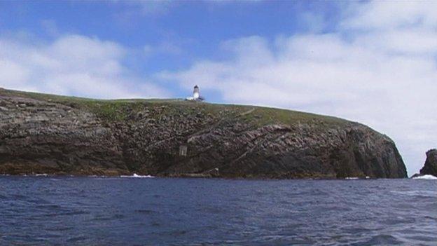 Taigh solais nan Eilean Flananch