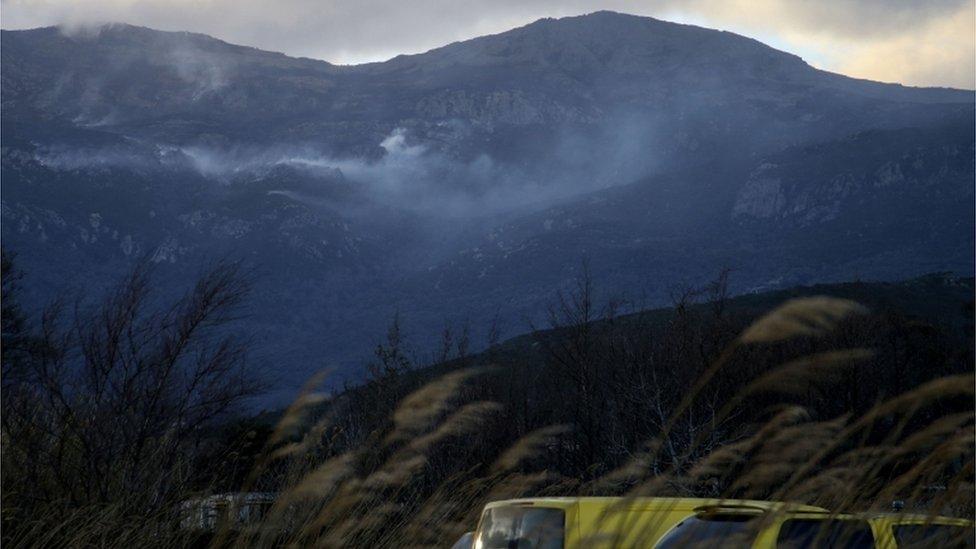 Vetrovi su razbuktali požar na Korzici