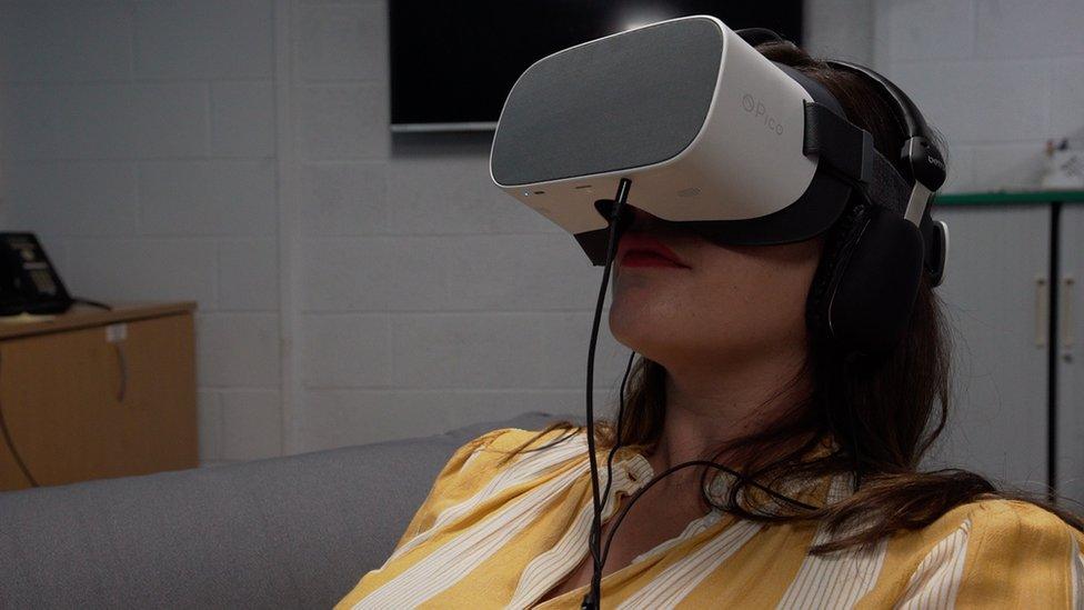 віртуальна реальність і пологи