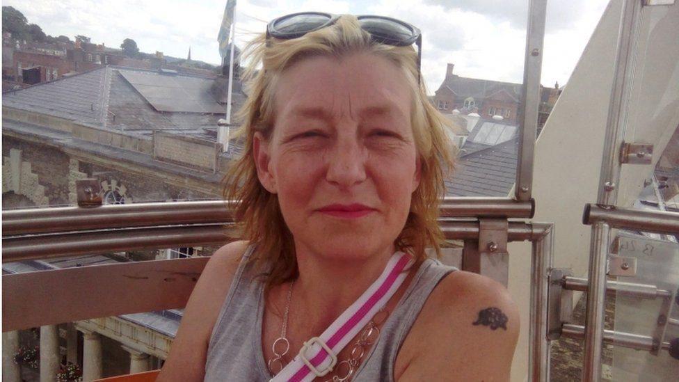 Отравление в Солсбери: дочь умершей британки требует оценить ответственность руководства России