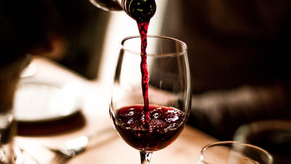 Los productores de vino ven más riesgos que ventajas en la disputa comercial.