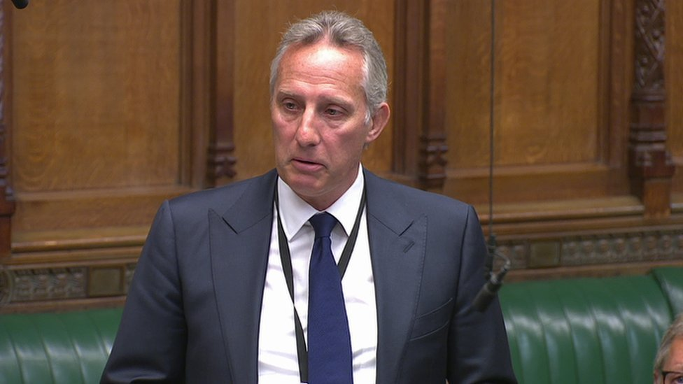 DUP MP Ian Paisley says rule breach a personal embarrassment