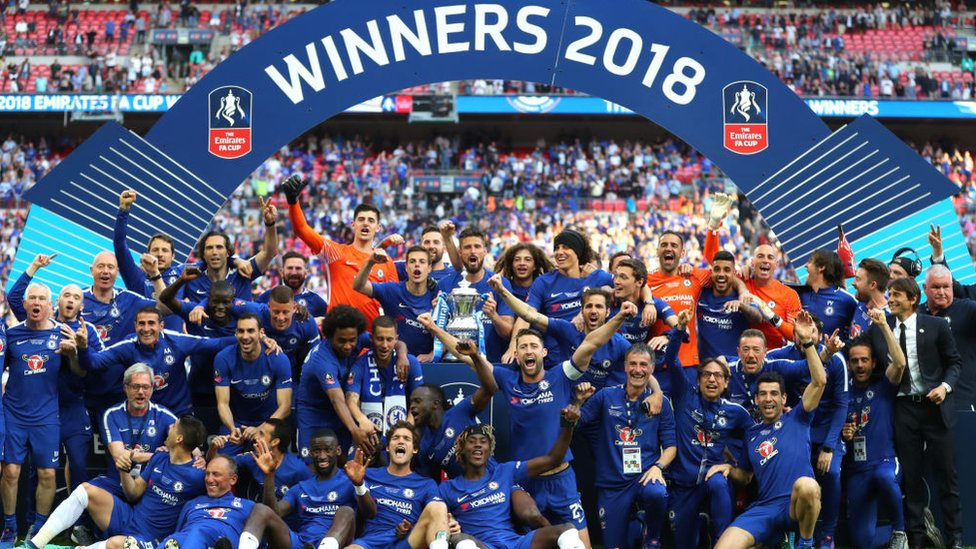 FA Cup 2018: Chelsea celebrate winning the trophy for eighth time - CBBC  Newsround