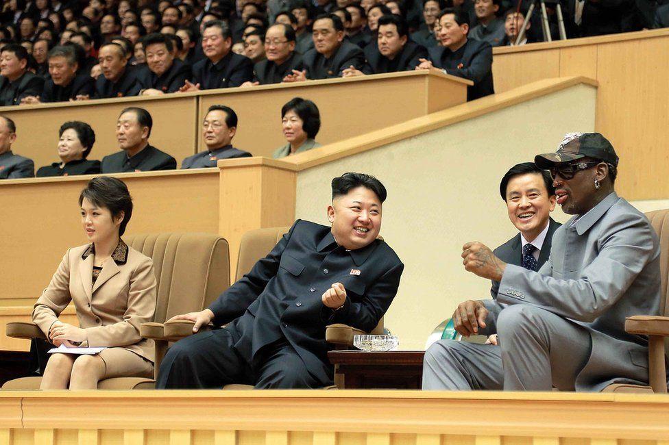 El exjugador de la NBA Dennis Rodman con Kim Jong-un, en una de sus visitas a Corea del Norte.