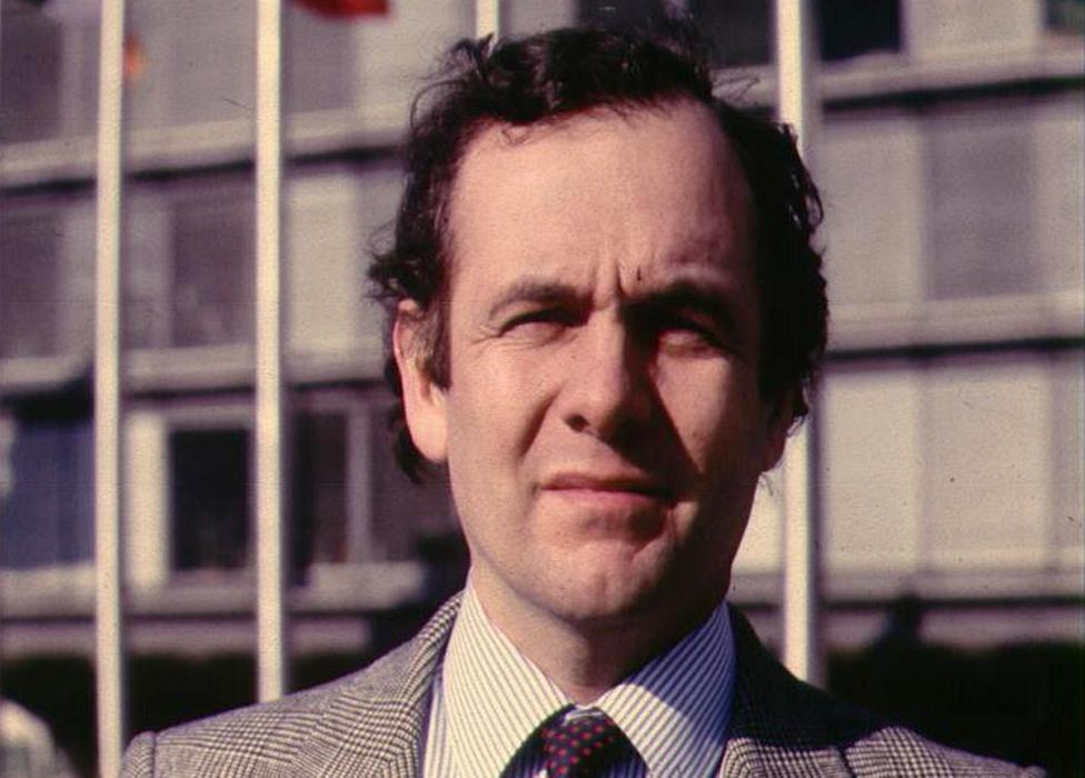 Dopisnici BBC-ja kao što su Pol Rejnolds ostali su podložni sigurnosnoj proveri čak i posle 1985.