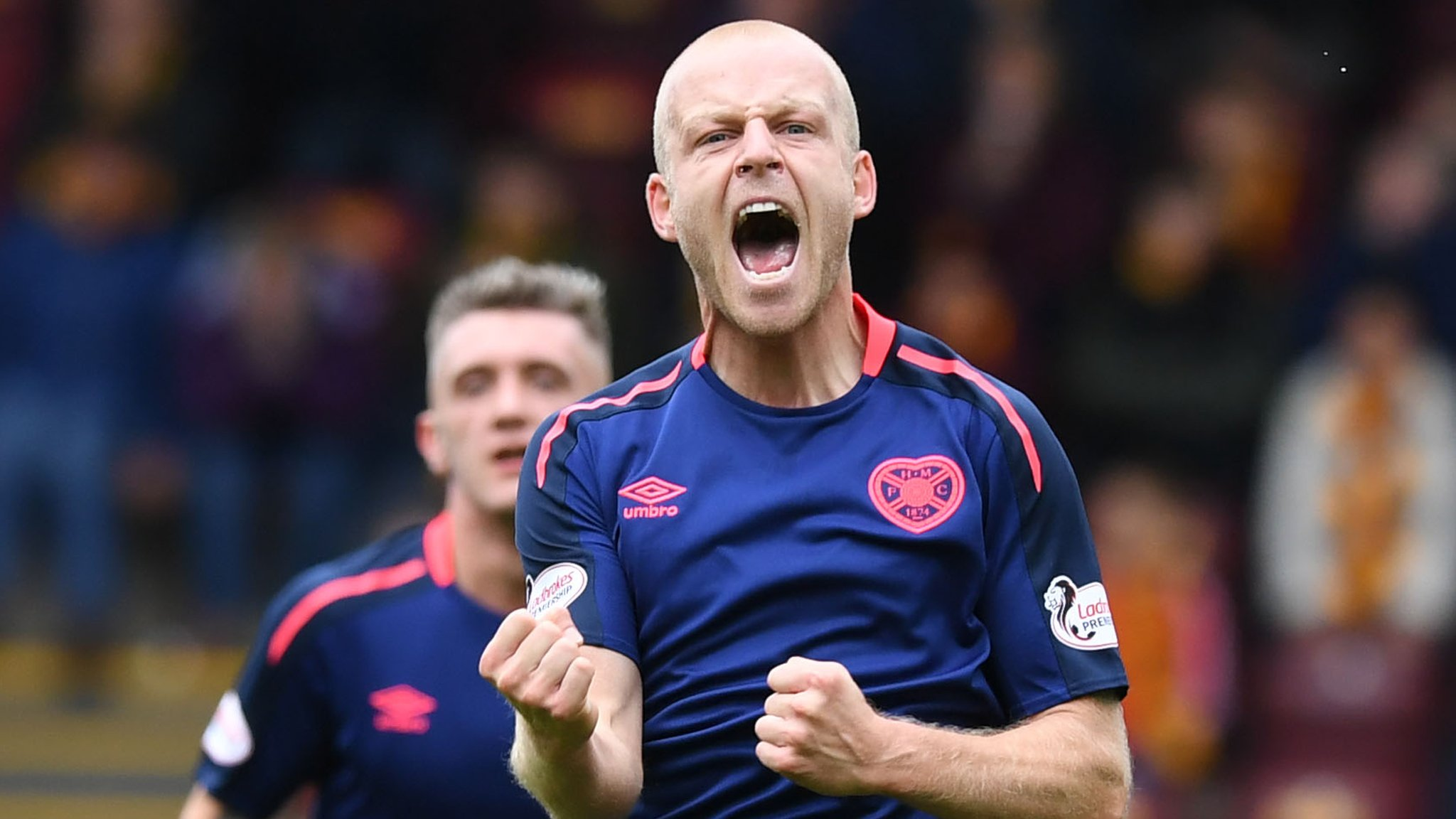 Motherwell 0-1 Hearts: Steven Naismith strike puts leaders five clear