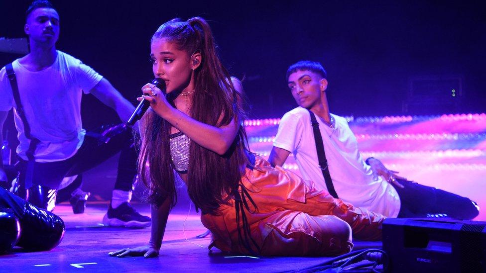 """Amazon contrató a la cantante Ariana Grande para promocionar su """"Prime Day""""."""