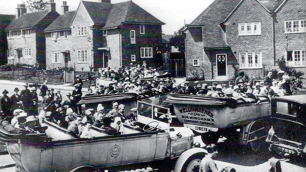 A Bournville Works Housing Society outing in 1926