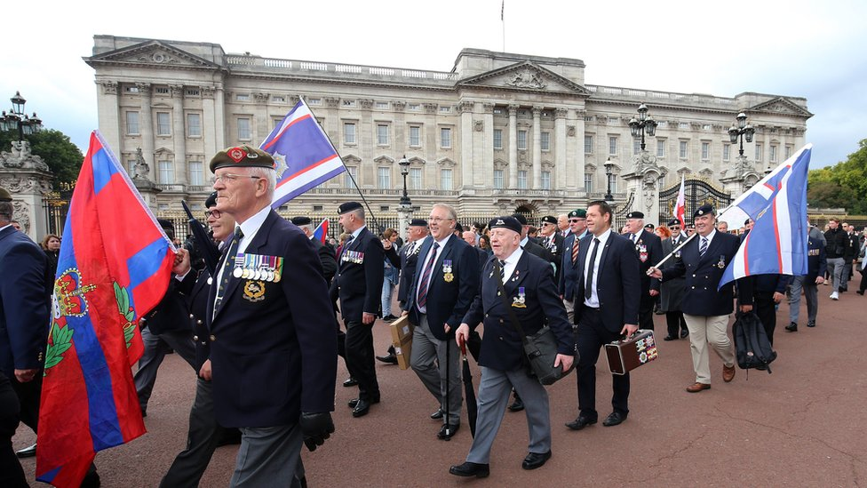 Former soldiers and supporters have protested at Buckingham Palace and elsewhere about Troubles prosecutions