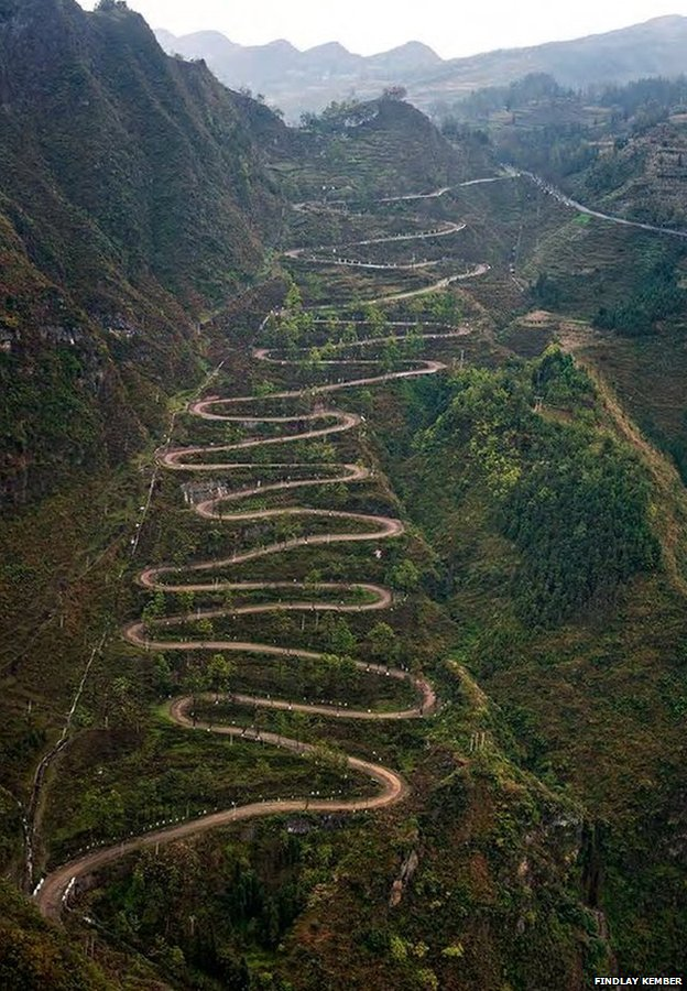 """The """"24 Zig"""" road in Qinglong, Guizhou Province, South-West China"""