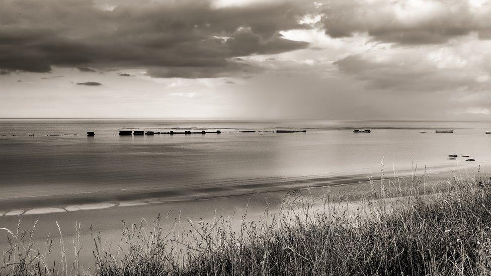諾曼底,盟軍在阿羅芒什(Arromanches)修建的人工港