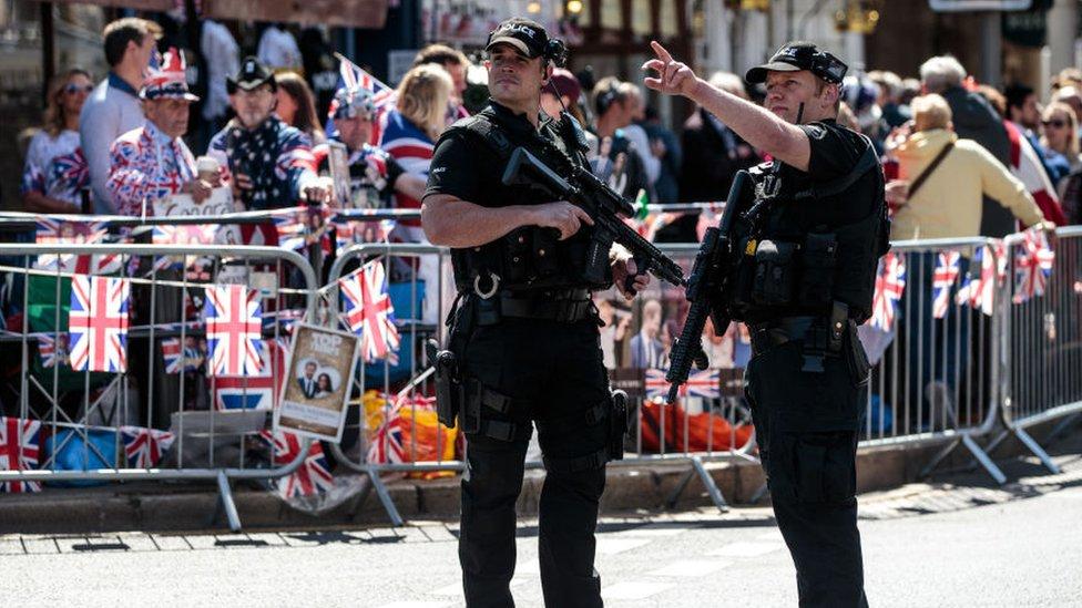 Dos policías en Windsor
