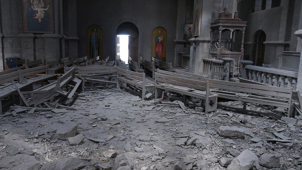 Nagorno-Karabah, rat, crkva