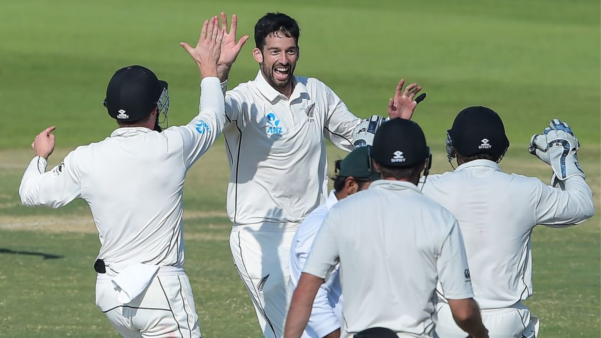 New Zealand win first away series over Pakistan in 49 years