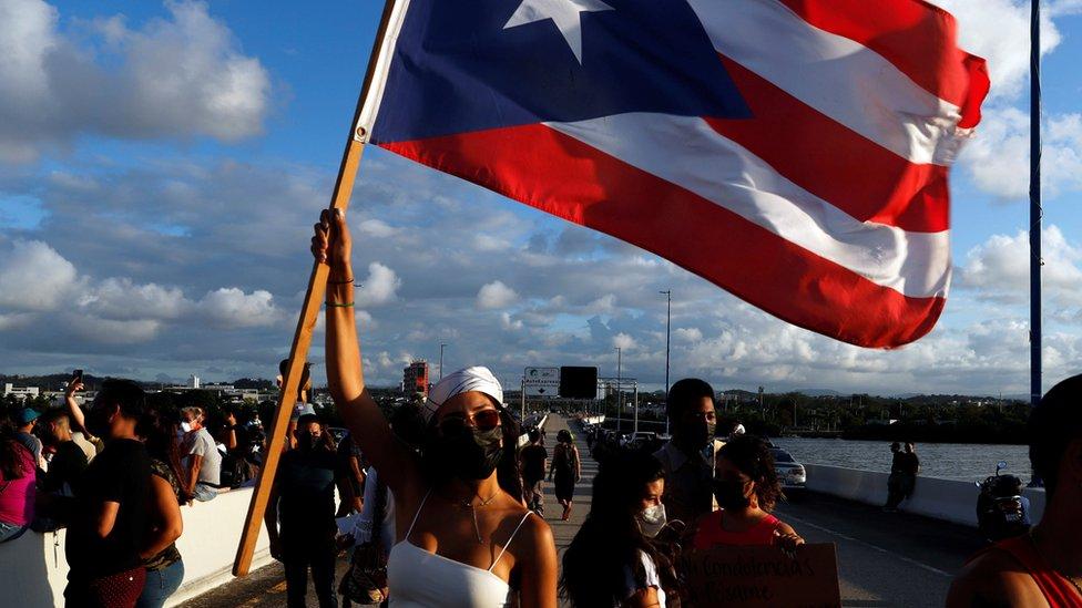 Fechamento de uma ponte em Porto Rico devido à morte de Keishla Rodríguez Ortiz
