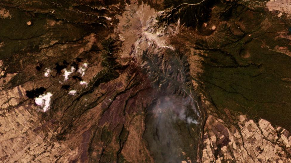 Imagen satelital del incendio en el Parque Nacional La Montaña Malinche, en el 3 de abril del 2021