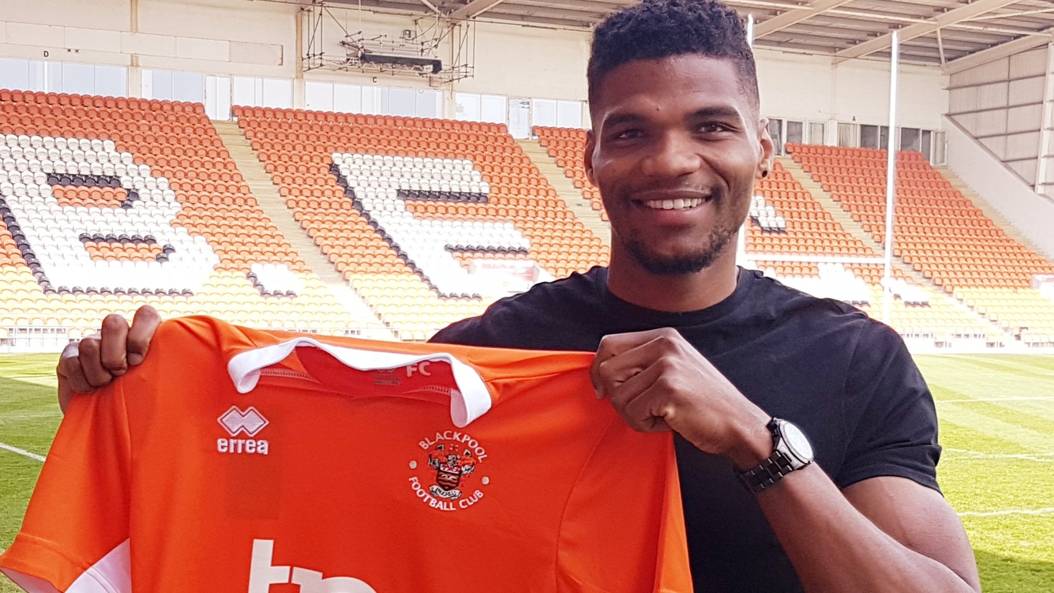 Michael Nottingham: Blackpool sign Salford City defender on two-year deal