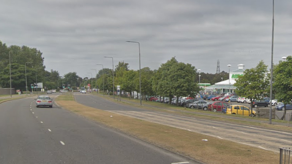 Man, 81, dies after being struck by car on B981 in Kirkcaldy