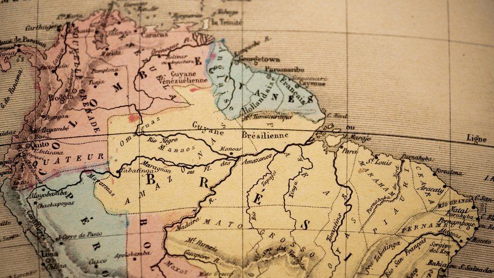 Mapa antiguo de América del Sur.