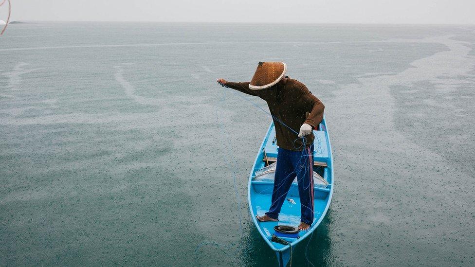 Hint okyanusu'nda bir balıkçı